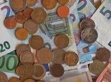 Euro-EUR-Banknoten und Münzen, EU der Europäischen Gemeinschaft Stockbild