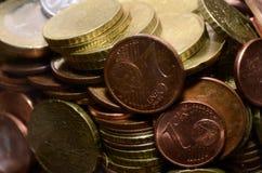 1 euro för 2 5 centcentsmynt här royaltyfria foton