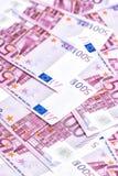 euro för 500 sedlar Femhundra 5000 roubles för modell för bakgrundsbillspengar Arkivfoton