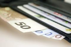 Euro fatture e carte di credito Fotografie Stock