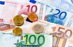 Euro geldnota's en muntstukken Royalty-vrije Stock Foto