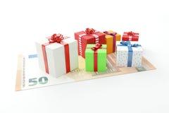 50 euro giften stelt dozen met contant geldgeld voor vector illustratie