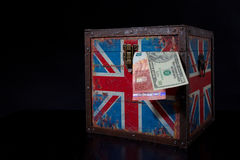 Euro i amerykański dolar na Brytyjski flaga Obraz Royalty Free