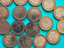 1 euro inventa, União Europeia sobre o azul verde Imagem de Stock