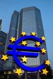 Euro kennzeichnen Sie innen Frankfurt Stockfotografie