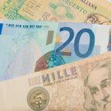 Euro - lira - mejore antes o después de fotos de archivo