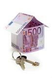 euro maison de 500 billets de banque effectuée Photographie stock libre de droits
