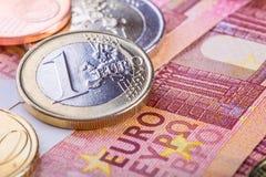 Euro- moeda Moedas e cédulas fundo do dinheiro do dinheiro Fotos de Stock Royalty Free