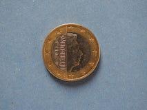 1 euro- moeda, União Europeia, Luxemburgo sobre o azul Fotos de Stock