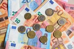 Euro- moedas e notas Foto de Stock Royalty Free