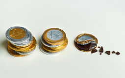 Euro- moedas empilhadas do chocolate, conceito do investimento Imagem de Stock