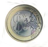 Euro moneta con il segno del dollaro Fotografia Stock
