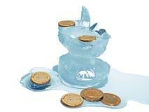 Euro monete del nascondiglio in ghiaccio fotografie stock