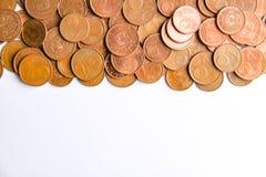 Euro monete della denominazione differente liberate dalla Lettonia fotografia stock