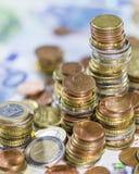 Euro monete e fatture Fotografia Stock Libera da Diritti