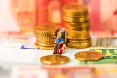 Euro monete, figura, banconota Fotografia Stock Libera da Diritti