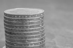 Euro monete impilate con la parola tedesca - libertà Fotografia Stock Libera da Diritti