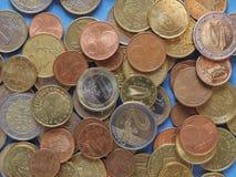Euro monety, Europejski zjednoczenie nad błękitem Obraz Stock