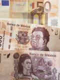 50 euro nota en 1000 peso's van Mexico, achtergrond en textuur Stock Afbeeldingen