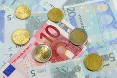 Euro nota's en muntstukken Royalty-vrije Stock Foto