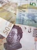 55 euro in nota's en 1000 peso's van Mexico, achtergrond en textuur Stock Afbeeldingen
