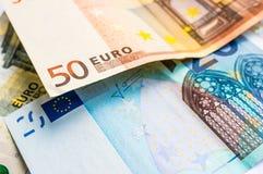 Euro nota's met bezinning Royalty-vrije Stock Foto's