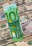 Euro- notas de banco e dólar Fotos de Stock