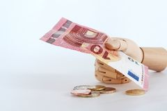 Euro notatki w drewnianym hand-8 Fotografia Royalty Free