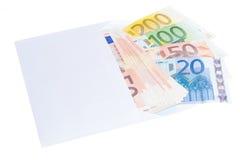 Euro note in busta Immagini Stock
