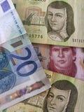 20 euro note e 450 pesi del Messico, del fondo e della struttura Fotografie Stock Libere da Diritti