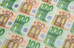 euro 50 och 100 Royaltyfri Fotografi