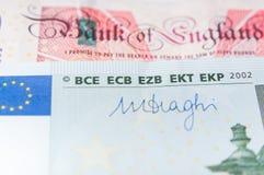 Euro och pund Fotografering för Bildbyråer
