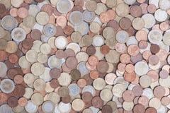 Euro pièces de monnaie d'argent d'en haut Photographie stock