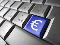 Euro pieniądze symbolu Komputerowy klucz Obraz Royalty Free