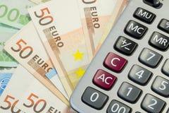 Euro pieniędzy rachunki, kalkulator i Obraz Stock