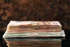 Euro pila, banconote di anni '50 e hundrets Immagine Stock Libera da Diritti