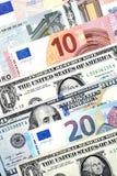 Euro rachunki i dolarowi rachunki Zdjęcia Royalty Free