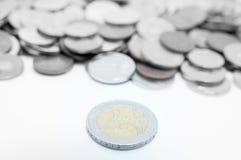 Euro rasgado ao meio de encontro ao fundo velho Imagens de Stock Royalty Free