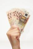 Euro rekeningen op hand Royalty-vrije Stock Foto's