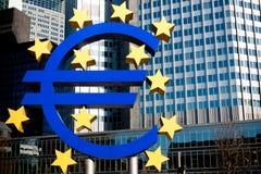 euro symbole de Francfort Photos stock