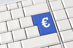 Euro symbool op een computertoetsenbord Stock Afbeelding