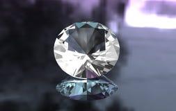 Euro tagliato intorno al diamante su superficie lucida fotografia stock libera da diritti
