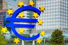 Euro Teken in Frankfurt Royalty-vrije Stock Foto's