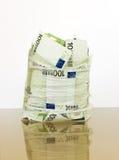 Euro in un pacchetto aperto del cellofan Fotografie Stock