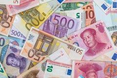 Euro- und Yuanrechnungen als Hintergrund Stockfotografie