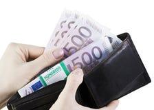Euro in uw portefeuille Stock Afbeeldingen