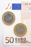 Euro vijftig en muntstuk Stock Fotografie