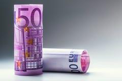 euro zauważa odbicie Pięćset euro banknotów fotografia tonująca Zdjęcia Stock