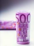 euro zauważa odbicie Pięćset euro banknotów fotografia tonująca Obrazy Stock