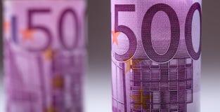 euro zauważa odbicie Pięćset euro banknotów fotografia tonująca Zdjęcie Stock
